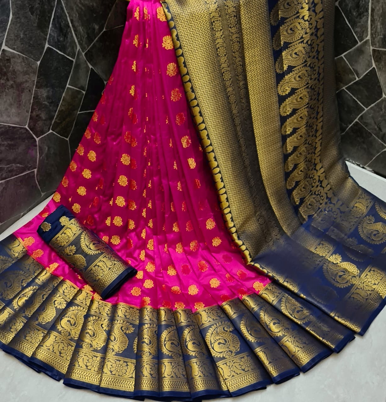 Magnificent Rani Pink Color Wedding Wear Silk Nylon Dying Material Grand Pallu Saree Blouse for Women